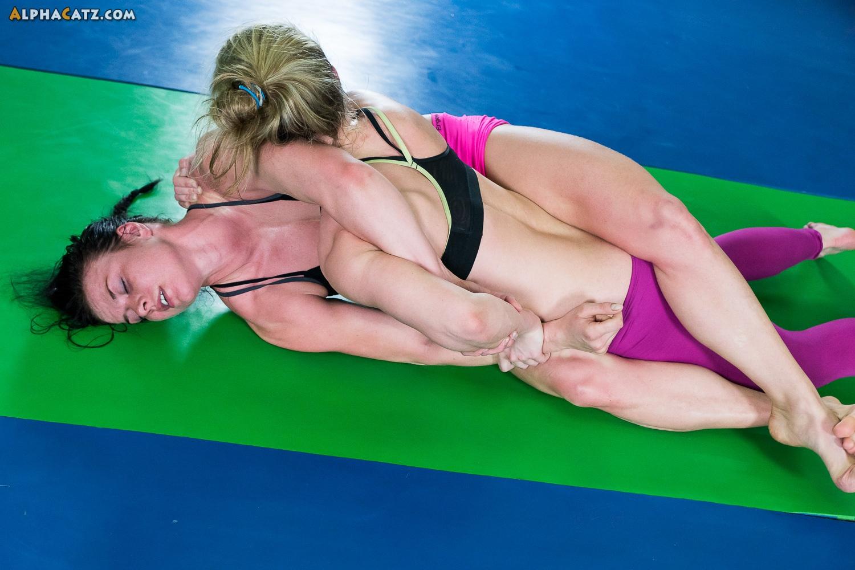 Female Wrestling Videos 9